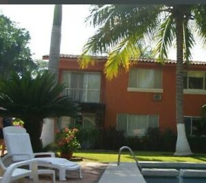 House for sale on the golf course ixtapa