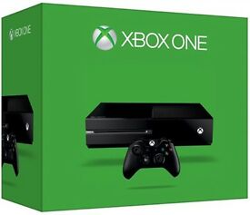 Xbox one 1TB with two controllers