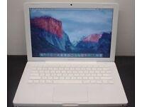 Macbook 2009 laptop Intel 2ghz Core 2 duo processor in full working order