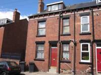 2 bedroom house in Kings Avenue, Leeds LS6