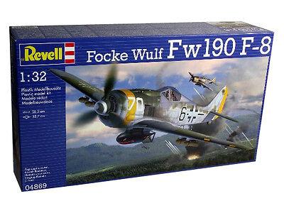 Revell Germany WWII German Focke Wulf Fw190 F-8 Fighter model kit 1/32