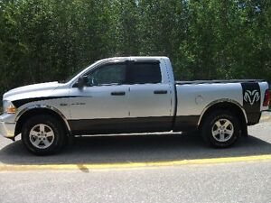 2009 Dodge ram 1500 4x4 Low klms