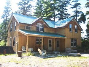 Manitoulin 4 Bedroom Cottage Book your Christmas/New Years Now!