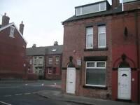 2 bedroom house in Victoria Grove, Leeds LS9
