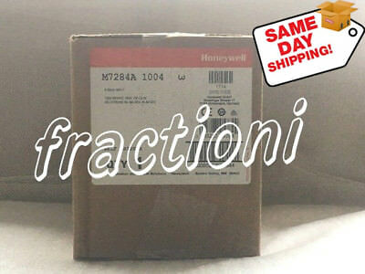 @#Same Day Shipping#@ Honeywell Motor M7284A 1004, New In Box, 1-Year Warranty !