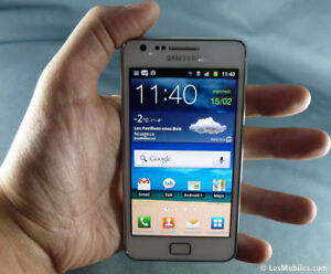 samsung galaxy s2,presq neuf,16G,8MP,ANDROID,fonctionnel