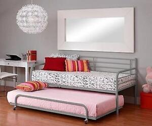 Twin Metal Trundle for Daybed Kids Loft Bedroom Bunk Bed Boy Girl Guest basement