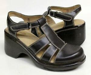1f97173eeb466 Vintage Wedge Sandals