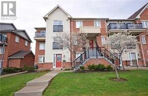 Gorgeous Townhouse, 3+1 Beds, 3 Baths, 4620 GUILDWOOD Way