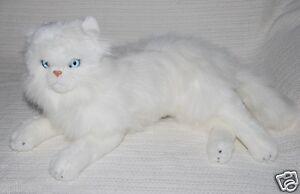 NEW-WHITE-PERSIAN-CAT-LYING-SOFT-STUFFED-ANIMAL-PLUSH-TOY-33cm
