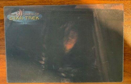 2000 Rittenhouse Women of Star Trek in Motion #2 B