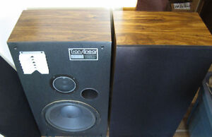 3 WAY FLOOR SPEAKERS MADE IN CANADA Kitchener / Waterloo Kitchener Area image 1