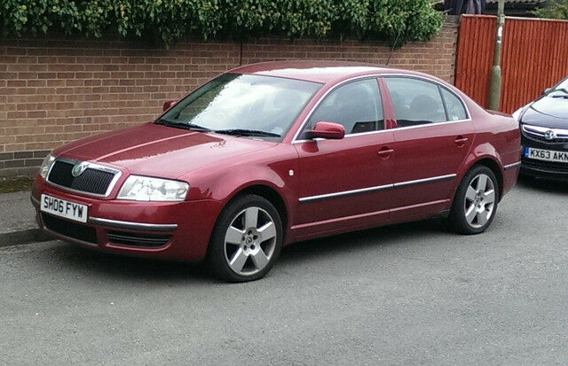 2006 Skoda Superb Elegance 2.8 V6 petrol manual
