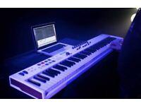 Arturia Keylab Essential 88 MIDI Keyboard Controller - White (230541)