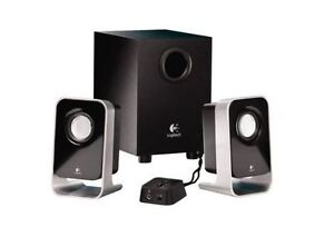 Logitech LS21 2.1 Stereo Speaker System like new