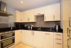 3 bedroom flat in Frederick Street, Brighton