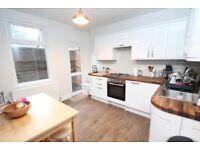 Delighful 2 bed house Crofton Park!! Avaialble asap!!!