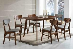BRAND NEW!! SOPHISTICATED, SCANDINAVIAN STYLE 5 Pc DINING SET