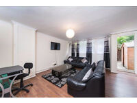 Stunning 4 bed house in chelsea... QUICKLYY!!!
