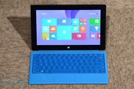 Microsoft Surface 2 32GB with blue type keyboard