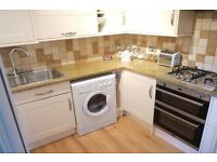 BEAUTIFUL 2 BED FLAT CLOSE TO NORTHOLT STATION - QUICK ACCESS TO A40 + PARKWAY