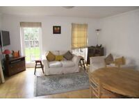Excellent 2 bedroom, 2 bathroom, garden flat, airy and bright, Chiswick, 2 min from tube station