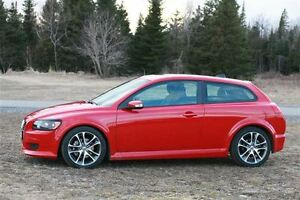 Wanted: 2008-2010 Volvo C30 T5 R-Design