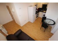 1 bedroom flat in West Street, Reading, RG1