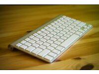Apple Magic Keyboard (Wireless)