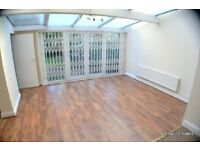 3 bedroom flat in South Hampstead