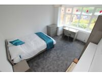 1 bedroom in Erleigh Court Gardens - Room 2, Reading, RG6