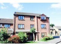 2 Bedroom Top Floor Flat - Limeslade Close, Fairwater, Cardiff