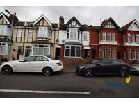 3 bedroom house in Chatsworth Road, Luton, Bedfordshire. , Luton, LU4