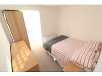 1 bedroom in (ROOM 3) ( HOUSE SHARE ) Canon Beck Road, Canada Water, SE16