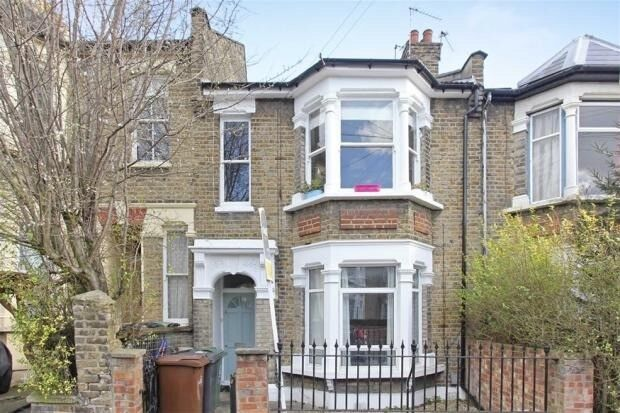 Beautiful double room to rent in lovely house
