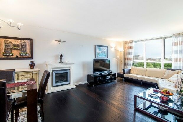 3 bedroom flat in Boydell Court St. Johns Wood Park, St Johns Wood, NW8