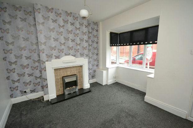 3 bedroom house in Weelsby Street, GRIMSBY