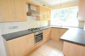 3 bedroom house in THREE BED IN MILL HILL- PERFECT FOR STUDENTS