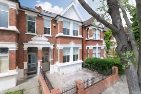 5 bedroom house in Talfourd Road, Camberwell, SE15
