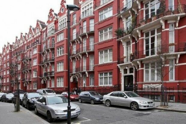 2 bedroom flat in Hyde Park Mansions cabbell street, Hyde Park Mansions, London, NW1