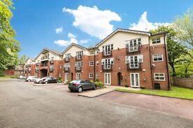 2 bedroom flat in Brooklands Aigburth Road, Liverpool, L17