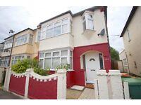 3 bedroom house in Lawrence Avenue, London, E12