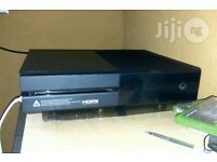 XBOX ONE £30 please call for more information about games with the console etc.
