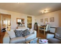 Stunning two bedroom with secure parking and 24 hour porter service in Medland House, Branch Road