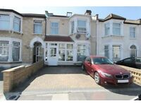 5 bedroom house in Cambridge Road, Ilford, IG3