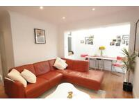 Yes you saw it right! Beautiful 1 bed in Oval for £346pw
