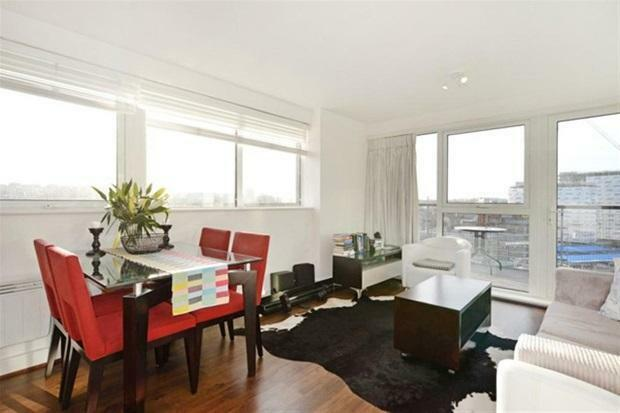 Stunning 2 Bed, 2 Bath Minutes Walk from Greenwich DLR and Cutty Sark