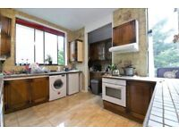 SPACIOUS 4 DOUBLE BEDROOM HOUSE W/ BALCONY SET ON A SOUGHT AFTER ROAD IN NW5- IDEAL FOR STUDENTS