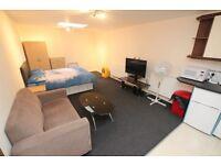 Studio flat in Oxford Road, Reading, RG30