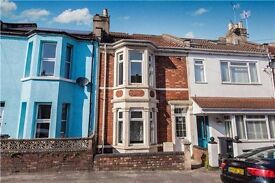 4 bedroom double bay Victorian property with garden to rent in BS3.